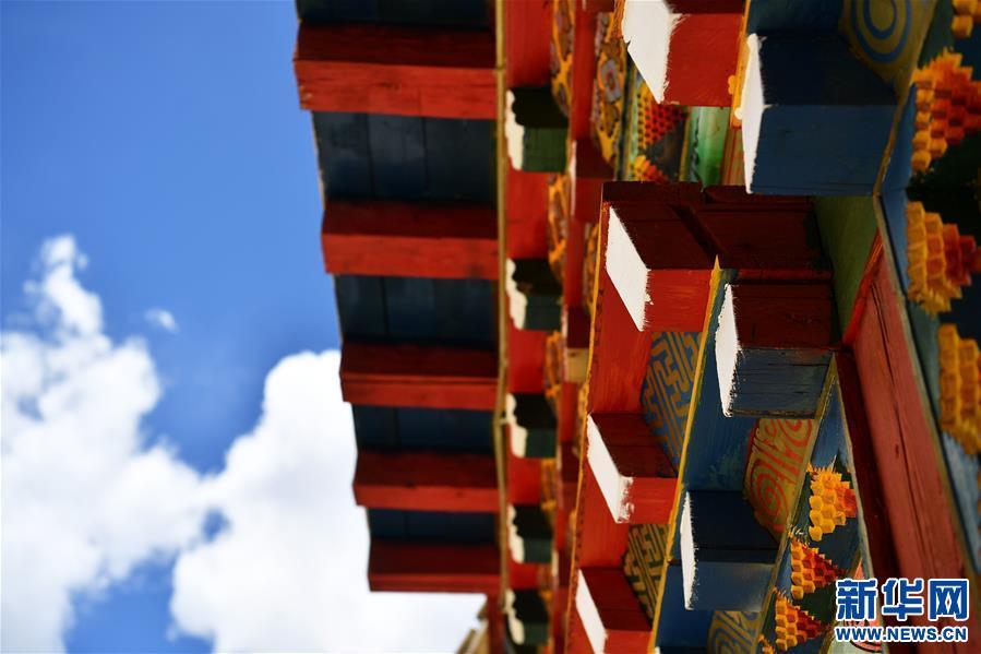 (美丽中国)(3)怒江峡谷沿岸的建筑瑰宝——东坝民居