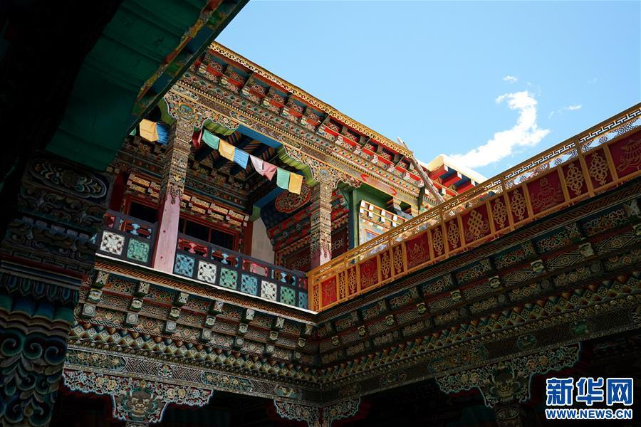 (美丽中国)(6)怒江峡谷沿岸的建筑瑰宝——东坝民居