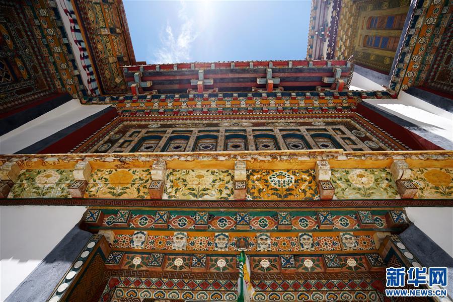 (美丽中国)(7)怒江峡谷沿岸的建筑瑰宝——东坝民居