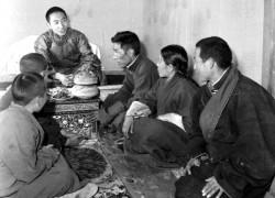 纪念十世班禅大师诞辰80周年