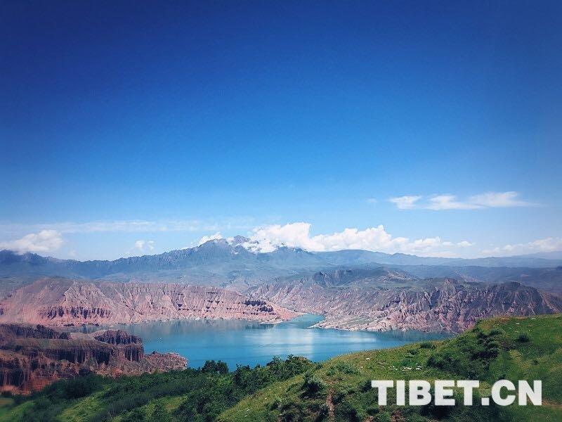 旅游 大美青海 / 正文  坎布拉景区,位于青海省黄南藏族自治州尖扎县