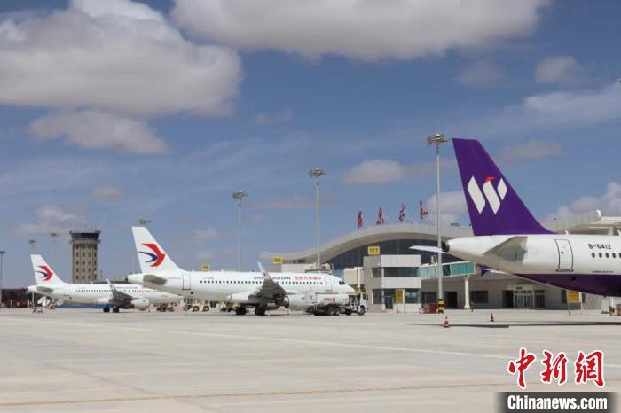 青海格尔木机场旅客吞吐量同比增长翻番