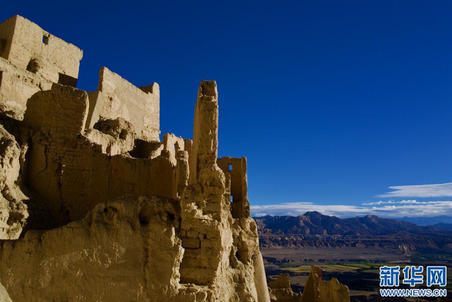 (美丽中国)(3)探访神秘的西藏古格王国遗址