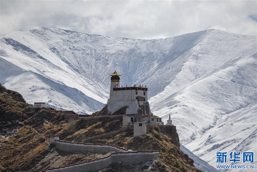 (美丽中国)(5)山崖上的宫殿——雍布拉康
