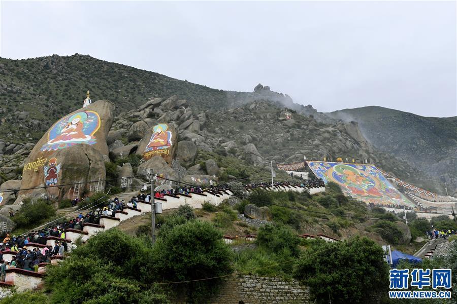 (XHDW)(2)西藏:哲蚌寺展佛 雪顿节开幕