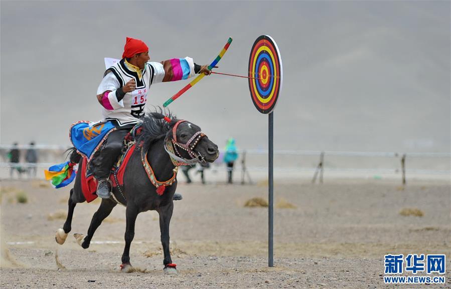 (体育)(16)西藏阿里举行赛马竞技大赛