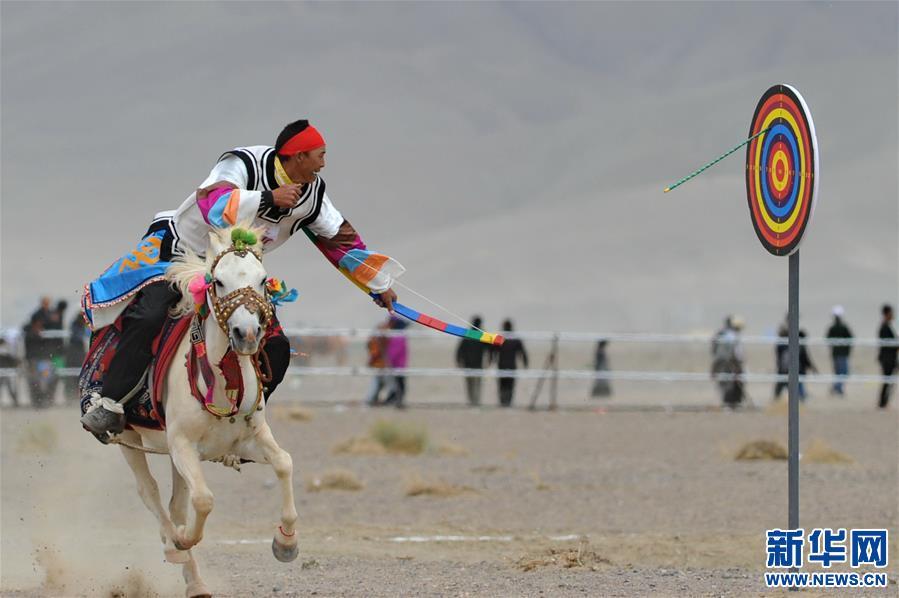 (体育)(17)西藏阿里举行赛马竞技大赛