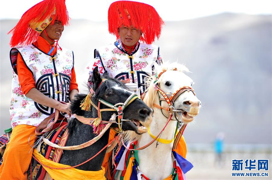 (体育)(21)西藏阿里举行赛马竞技大赛