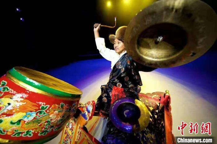 藏戏司鼓师扎西旺杰:一鼓一钹成就艺术人生