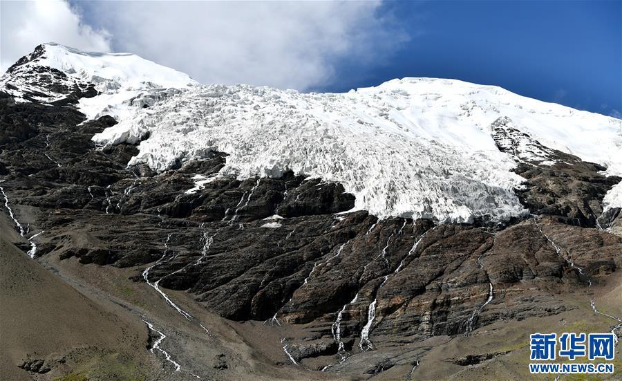 (美丽中国)(11)公路边的卡若拉冰川
