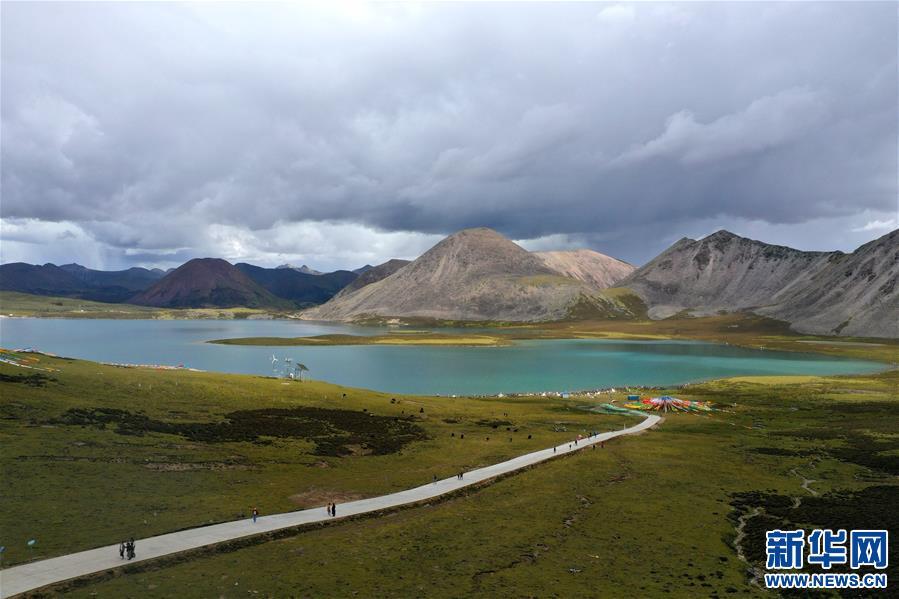 (新华视界)(4)西藏:高山环抱的思金拉错