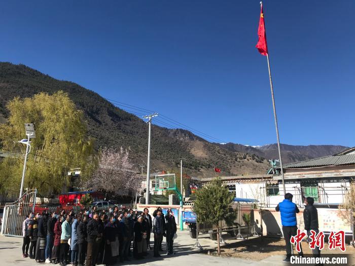 西藏翻身农奴畅谈雪域高原时代变迁