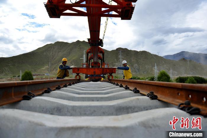 西藏拉萨市2019年GDP达617.88亿元增长8%