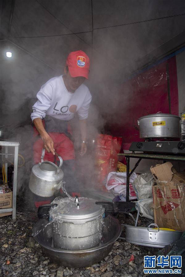 (2020珠峰高程测量)(7)探访珠峰海拔6500米的高山厨房