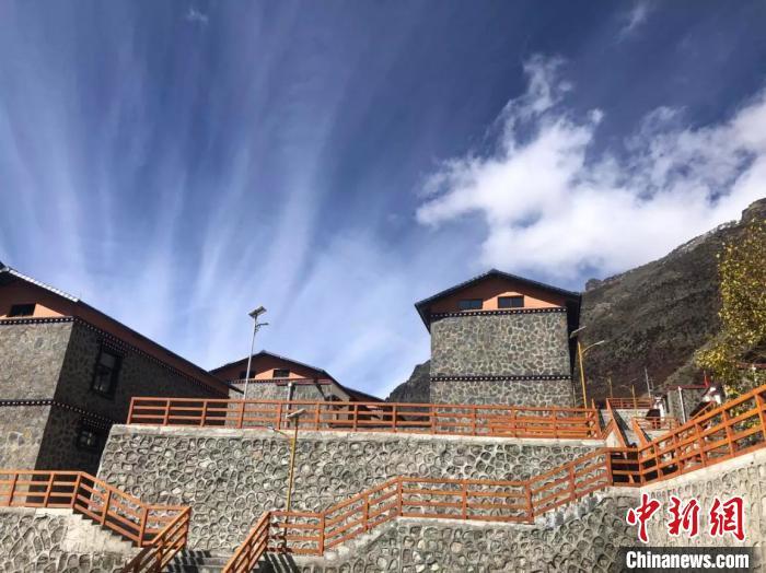 """西藏中不边境小镇迎来""""蝶变"""""""