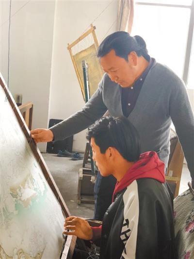 记西藏一级唐卡画师米玛次仁