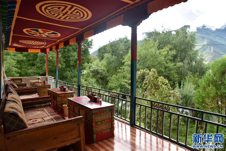 (图文互动)(1)家庭小旅馆 藏乡致富路——西藏朗县冲康村见闻