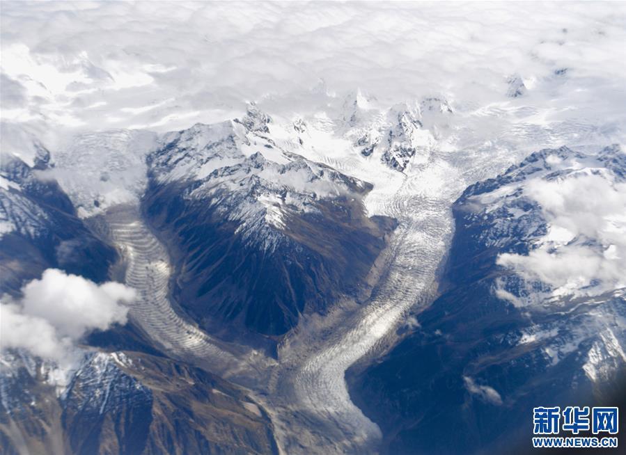 (美丽中国)(6)西藏:空中的美景长廊