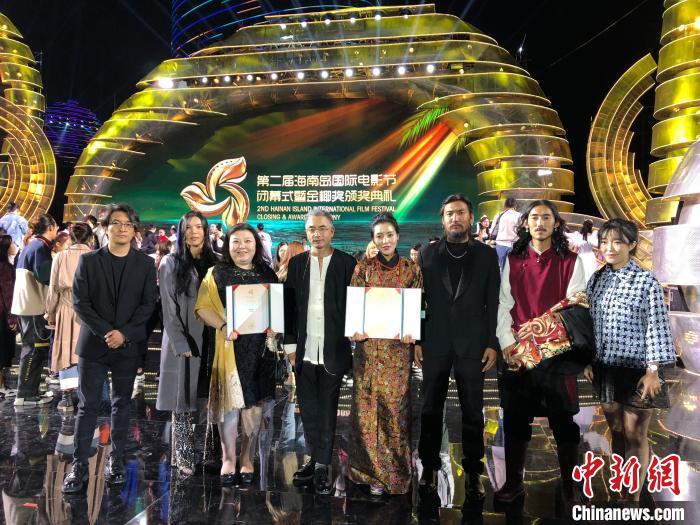图为第二届海南国际电影节颁奖礼现场。 钟欣 摄