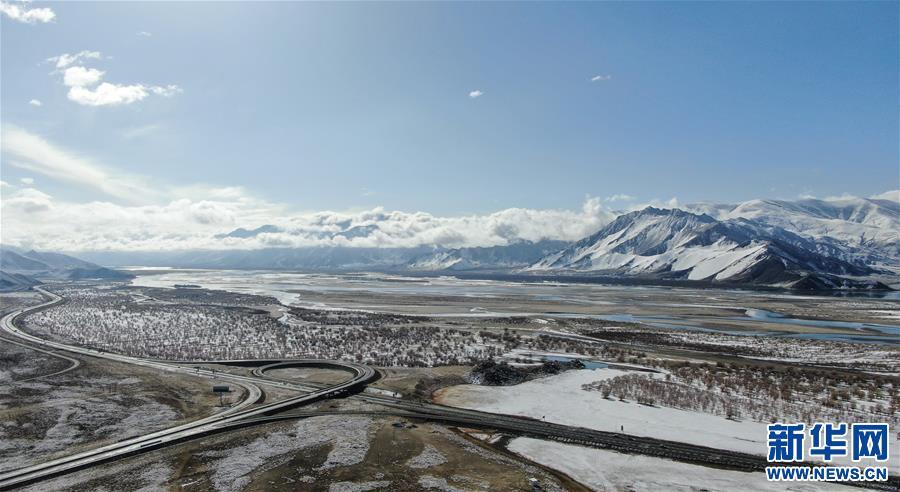 (美丽中国)(6)西藏:雅江雪景美如画