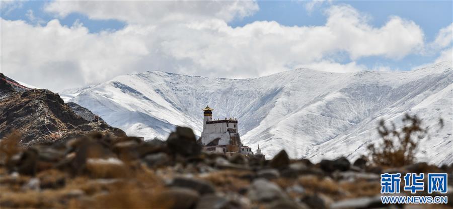 (美丽中国)(4)山崖上的宫殿——雍布拉康
