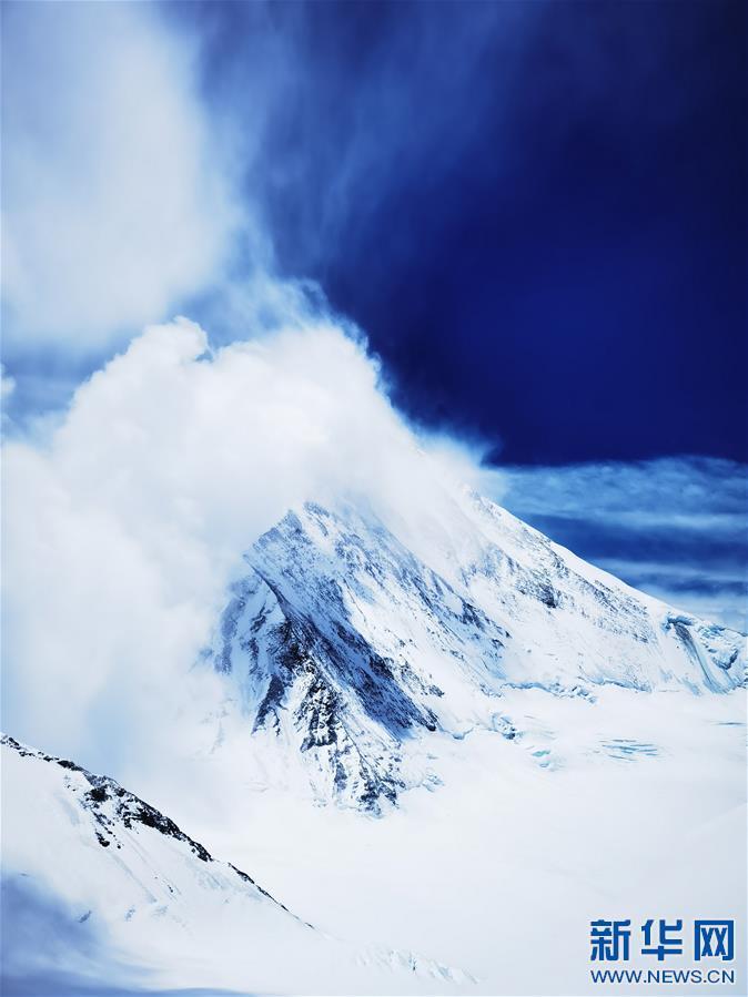 (2020珠峰高程测量·新华视界)(21)看珠峰云卷云舒 观巅峰千姿百态