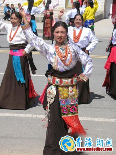 安多锅庄; 安多藏族服饰分享